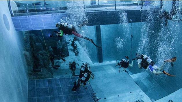 Y-40, la piscina più profonda del mondo...